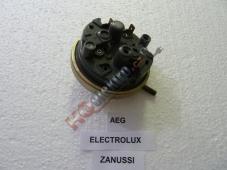 hladinový spínač pračky AEG 1